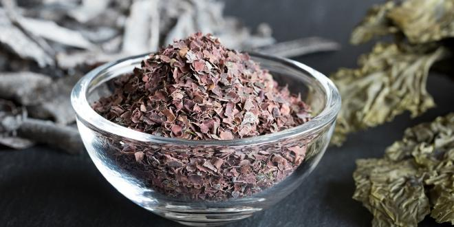 A dish of herbs for thyroid health